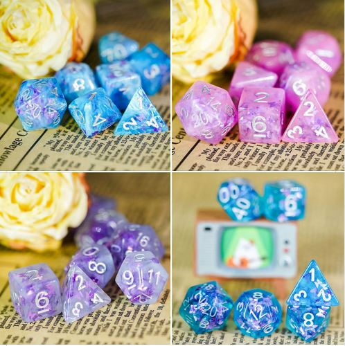 Udixi butterfly dice sets